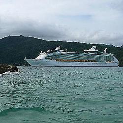 crucero haiti despues de la tragedia