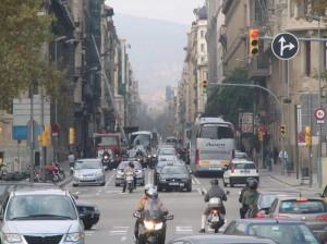 Trafico en Barcelona - Gases contaminantes en la ciudad - Polucion urbana